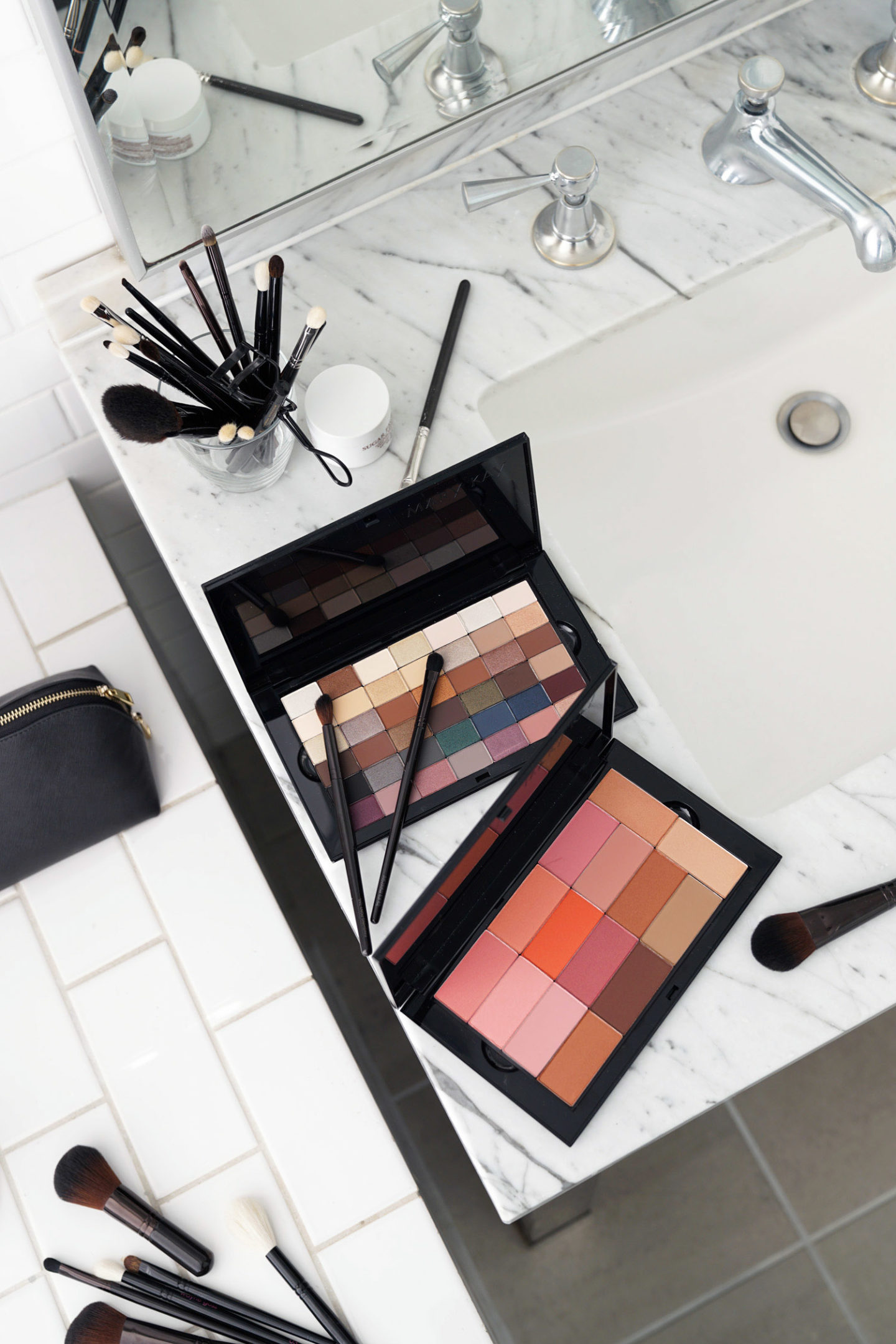 Mary Kay Chromafusion Pro Palette Review, Eyeshadow, Contour, Highlighter and Blush