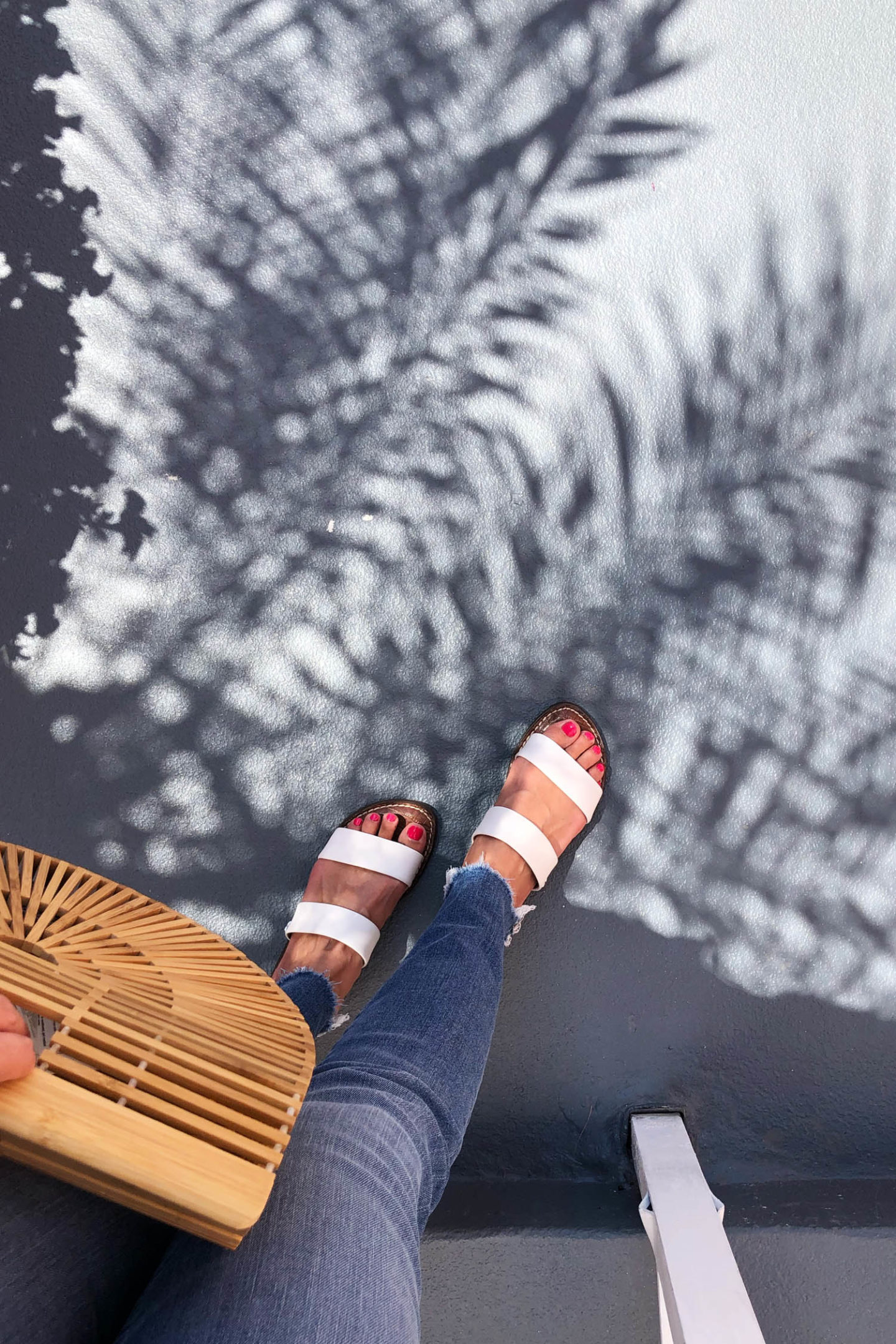 Sam Edelman Gala Sandals, Jcrew Toothpick Jeans, Ark Bag Dupe